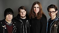 Against Me!, zleva Inge Johansson (baskytara), James Bowman (kytara), Laura Jane Grace (zpěv, kytara), Atom Willard (bicí).