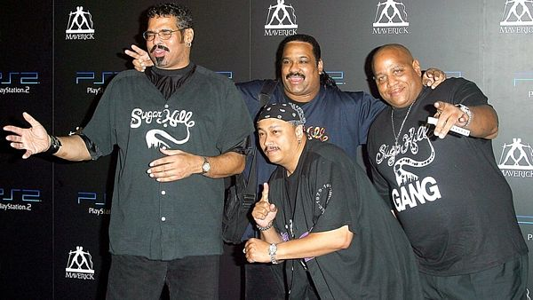 The SugarHill Gang. Big Bank Hank je vpravo.