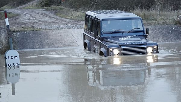 Land Rover Defender Electric (2013)