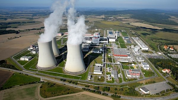 essays on nuclear power plants Nuclear pollution: essay on nuclear pollution and its impact on environment any undesirable effect caused to the environment due to radioactive substances or radiations is called nuclear pollution major source is the nuclear power plants if traces of the radioactive substances are present in the.