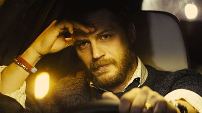 Tom Hardy ve filmu Locke (režie: Steven Knight, 2013)...