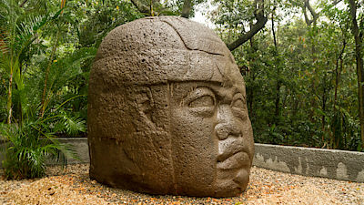Olmec big basalt head - Villahermosa