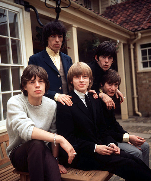 Sestava Rolling Stones z roku 1964: Mick Jagger, Keith Richards, Brian Jones, Bill Wyman a Charlie Watts