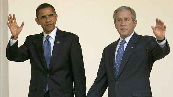 Prezidenti Barack Obama a George Bush