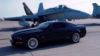 Ford Livernois Motorsports Mustang GT