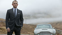Daniel Craig jako James Bond ve filmu Skyfall