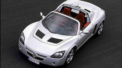 Opel Speedster Turbo.