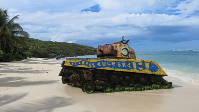 Tank na Flamenco Beach