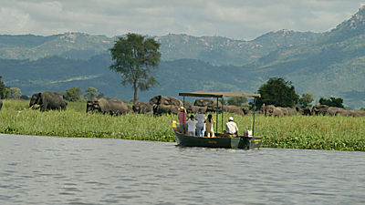 Liwonde National Park. Safari na lodi.