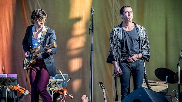 The Last Shadow Puppets: Alex Turner (vlevo) a Miles Kane