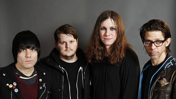 Against Me!, zleva Inge Johansson, James Bowman, Laura Jane Grace a Atom Willard