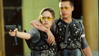 Brad Pitt a Angelina Jolie jako Mr. & Mrs. Smith.