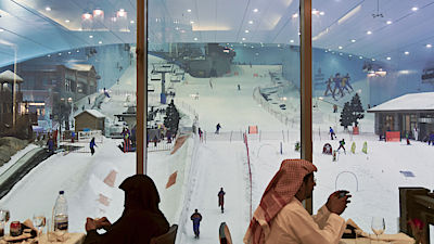 DUBAI, UAE - JANUARY 9, 2010 Lunch in front of Ski Dubai on January 9, 2010 in Dubai. Ski Dubai is an indoor ski resort with 22,500 square meters of ski area. It's a part of the Mal