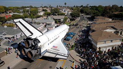 Endeavour v ulicích Los Angeles