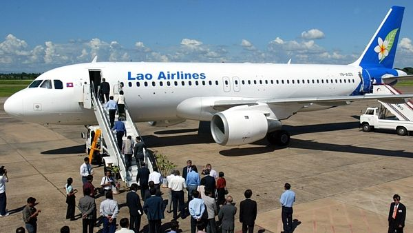 Jeden z airbusů Lao Airlines