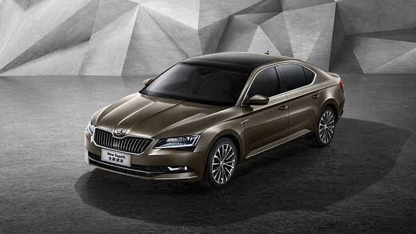 Škoda Superb III míří do Číny