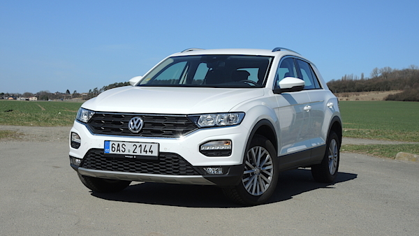 test volkswagenu t roc 1 5 tsi pohledn suv co um jet na dva v lce. Black Bedroom Furniture Sets. Home Design Ideas