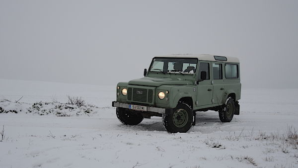Land Rover Defender 110 Heritage Edition