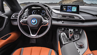 BMW i8 Roadster / kupé (2017)