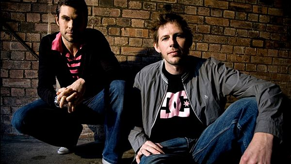 Andy Cato a Tom Findlay jako Groove Armada