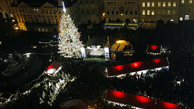 Lighting the Christmas spruce in the center of Prague taken into account for 40,000 people.