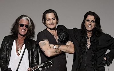 Jádro kapely Hollywood Vampires, zleva Joe Perry, Johnny Depp a Alice Cooper.